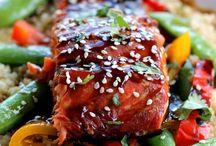 Zalm Terryaki  / Quinoa met knoflook/zalm met Terryaki en sesamzaadjes en gemengde groenten