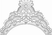 ВЯЗАНЫЕ короны и кокошники
