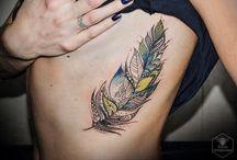 tatouage de plumes