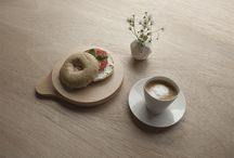 Kitchen and Serving / Dining and kitchen accessories in wood