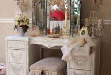 Vintage Vanity / vintage vanity bathroom and dressing room decor
