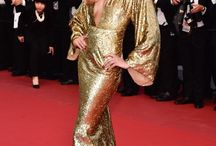 TOTAL GOLD LOOK