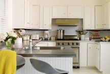 Kitchen Decor / Hot and Happening