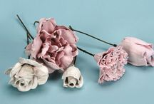 Plaster flowers