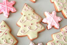 Christmas cookies / Make our own cookies instead of buy, we can also give those cookies as a christmas gift