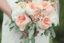 Bridesmaids peach