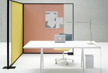 manager office desk / man a ger