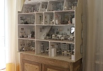 doll house & miniatures / by Marleen Zoutman