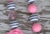 Halsband / Rosa