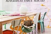 Verf je meubels / Paint your furniture! / Krijtverf, lak, muurverf, was, olie. Het kan je meubel een fantastische 'nieuwe' look geven.