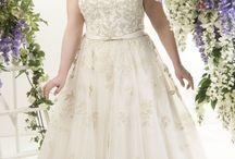 Menyasszonyi ruhák