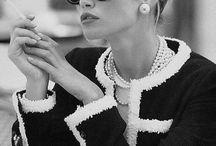 Elegancja w stylu uppStyle / Elegancja w stylu uppStyle to powrót do korzeni - klasyka, zmysłowość i przypomnienie sobie tego, co najlepsze dała nam moda w swojej historii!