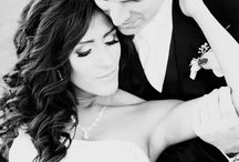Wedding pictures / Ideas for wedding photos / by Gabrielle Jolley