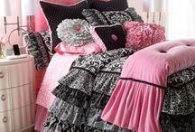 Женская спальня арт