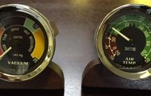 SMITHS Gauges and Instrumentation / Details of classic #SMITHS #gauges and instrumentation for #cars and #motorcycles.