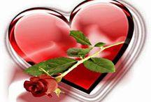 """Corações / """"No coração do homem é que reside o princípio e o fim de tudo"""". (Leon Tolstoi)  ***R***"""