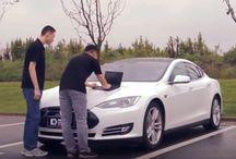 Tesla Model S / Tesla Model S - Electric Car -