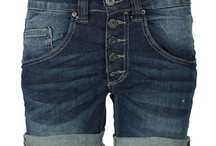 Please Jeans / Please Jeans are Italian jeans with style. See more products here http://www.rikkesolberg.dk/please/