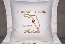 Gifts for the home / Personalized throw pillow