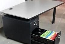Vitra Monopol, biurko z kontenerem