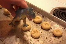Dinocumole
