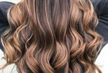 Formulas / Learn how to create and apply our favorite hair color formulas!
