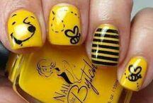 Single Nails