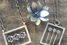 Μεταλλικά κοσμήματα