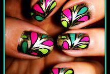 Nails, bracelets and stuff / by Angelika Barola