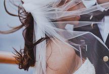Nautische bruiloft - Nautical wedding / Deze pin repinnen wij om jullie nog meer te inspiratie te geven! Nautische decoratie en thema bruiloft nautisch.   #naupar #huwelijk #trouwen