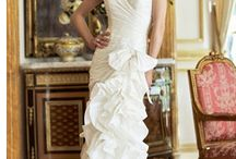 Gorgeous Gowns / by Shelly Webb