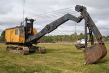 Old_excavator / Old_excavator  http://ow.ly/Dsyhj