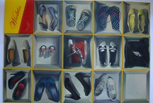"""Shoes By Viola Bąbol / Dyplom licencjacki z malarstwa autorstwa Violi Bąbol pt:""""Buty"""" z 2011r. Cykl prac przedstawia kolekcje butów artystki z różnych etapów jej życia. Technika wykonania olej na płótnie."""