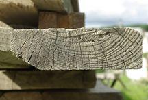 Rzeczy do przeczytania / Ciekawe artykuły o drewnie i meblach drewnianych i technologii.