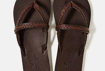 Clothes shoes bobbles