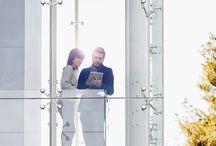 Peliculas de Seguridad / Pelicula de seguridad de bienes y personas, serie Safety Exterior de 3M™ Diseñada para aplicaciones en el interior y en el exterior  Ayuda a mantener adherido el vidrio roto para proteger a las personas, su propiedad y posesiones de la rotura espontánea del vidrio, sismos e impactos de baja potencia  Ayuda a prolongar la vida de sus muebles reduciendo significativamente los dañinos rayos UV, principales generadores del decoloramiento.