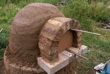 Permaculture building / Cob oven