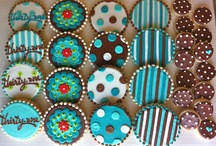 Cookies and Cupcakes / by Wendy Hofstetter