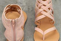 Shoes l Sandals