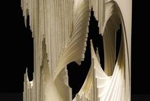 Máscaras, esculturas, y objetos con papel