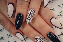Stiletto nail art!