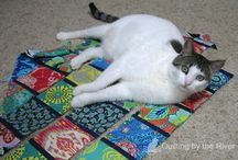 Pets on Quilts / by Freemotion by the River