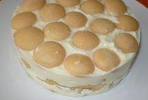 Ztužený dort zakysaný že smetanou