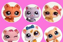 Amazon Kindle Littlest Pet Shop Bundles Kindle Ebooks / Littlest Pet Shop Kindle Books.  Fantastic resources for Collecting and Reselling LPS toys. These guides are helping me to earn over 600 euros a month (in only 2 months and increasing every month).  Like and share.