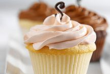 Cakes and Cupcakes Ideas / Lots of different kinds of cakes and cupcakes