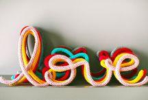 Espaço + / Com o intuito de alavancar o desenvolvimento de uma nova marca, a Craft Design incentiva e apoia projetos experimentais e criativos através do Espaço +, setor dedicado a novos talentos dentro da feira. Para maiores informações envie um email para info@craftdesign.com.br.