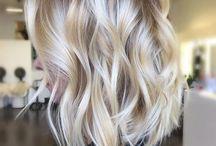 Long layered blonde bob