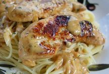 Chicken Recipes / by Sherrie Hurt