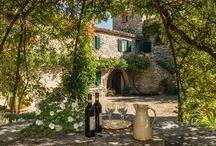 La Toscane / La Toscane ! Un mot magique qui donne des envies d'échappée belle...Venez découvrir nos propriétés sur www.onoliving.com