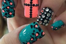 Nails make up